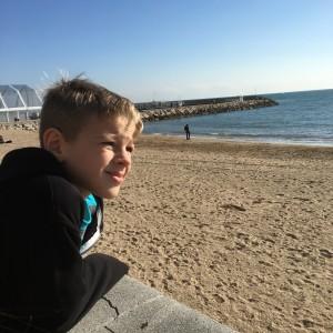 Tett spanar in stranden